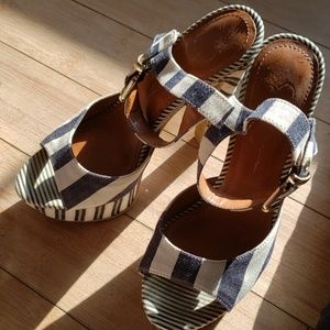 Stripe navy blue and white heels